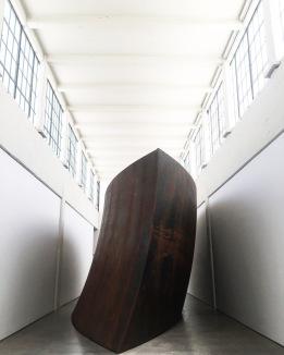 Union of the Torus and the Sphere :: 2001 :: Richard Serra :: Dia:Beacon :: Beacon :: NY