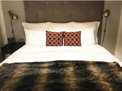 King Deluxe Room :: HGU :: New York :: NY