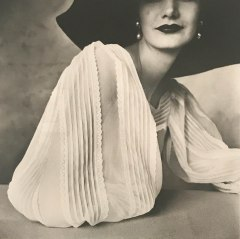 Large Sleeve (Sunny Harnett) :: New York :: 1951 :: Irving Penn