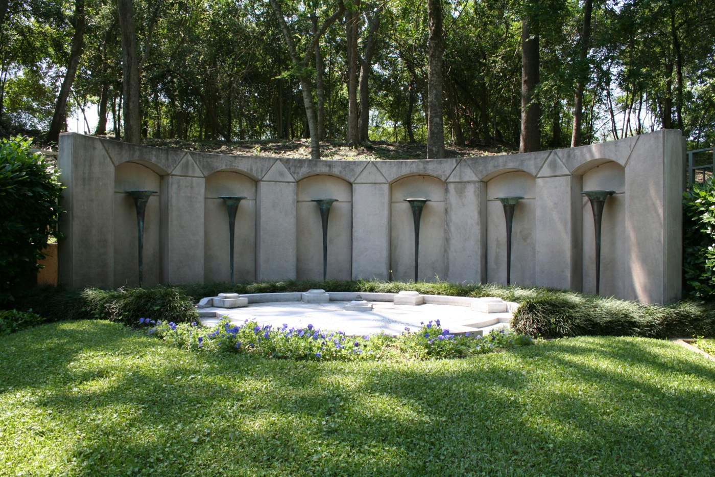 Hughes Family Gravesite :: Houston :: TX :: Photo Courtesy of Glenwood Cemetery